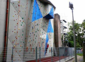 Climbing Wall For Adventure Park Manufacturers in Gujarat
